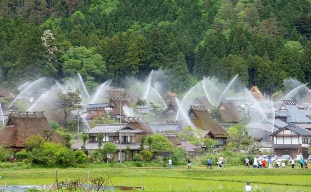 Необычная японская деревня Интересное