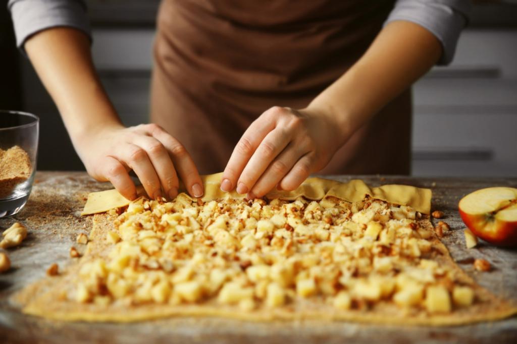 Яблочный штрудель с мороженым: ингредиенты, рецепт приготовления Кулинария
