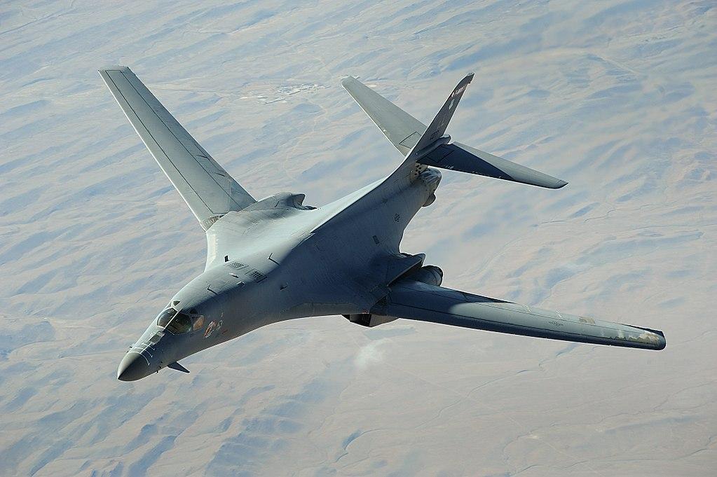 Америка решила обновить вооружение «стратегов» В-52Н и В-1В Армия и флот