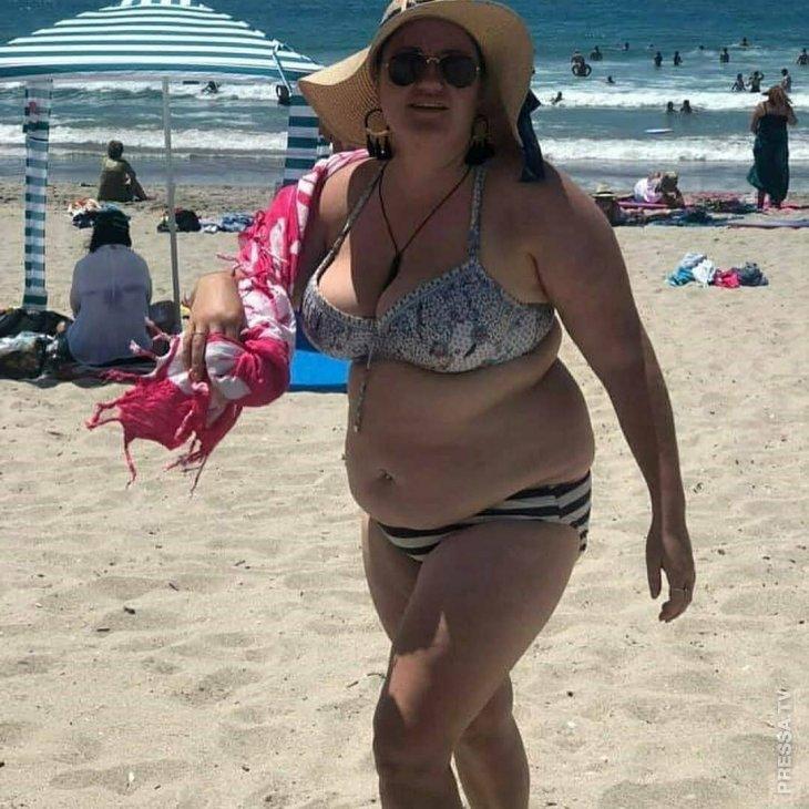 Мужчины высмеяли женщину за то, что она носит бикини, но она не растерялась...