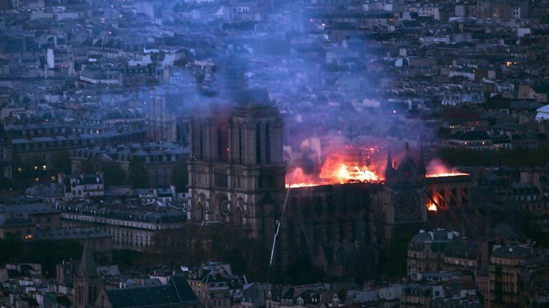 Почему пожар в Нотр-Дам не трагедия и почему пожарные не виноваты